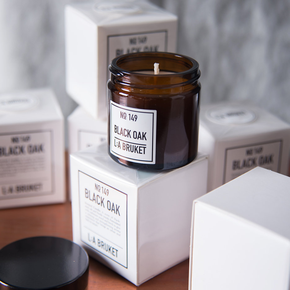LA Bruket Black Oak candle
