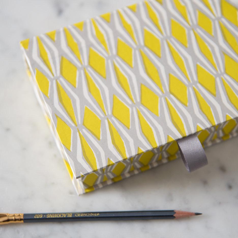 Postcard box acid yellow and grey
