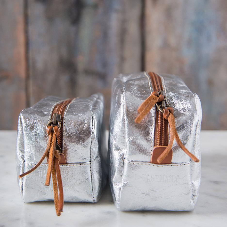 Metallic silver Uashmama washbag / makeup bag