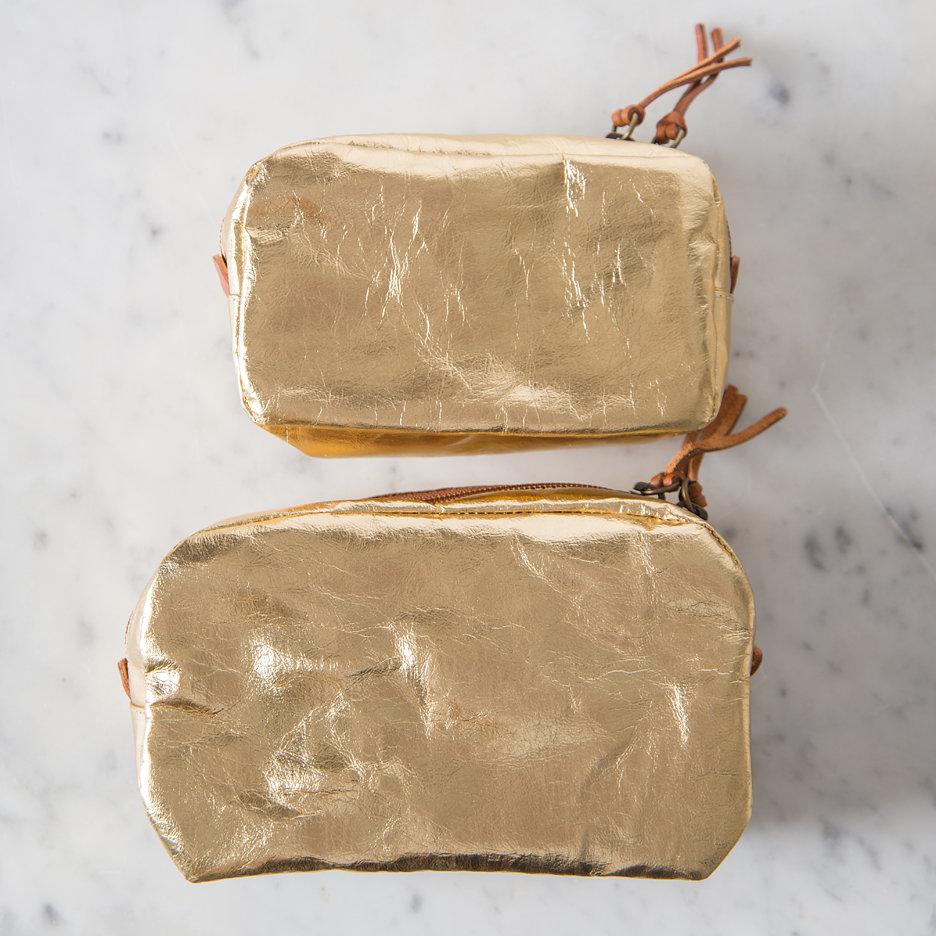 Metallic gold Uashmama washbag / makeup bag