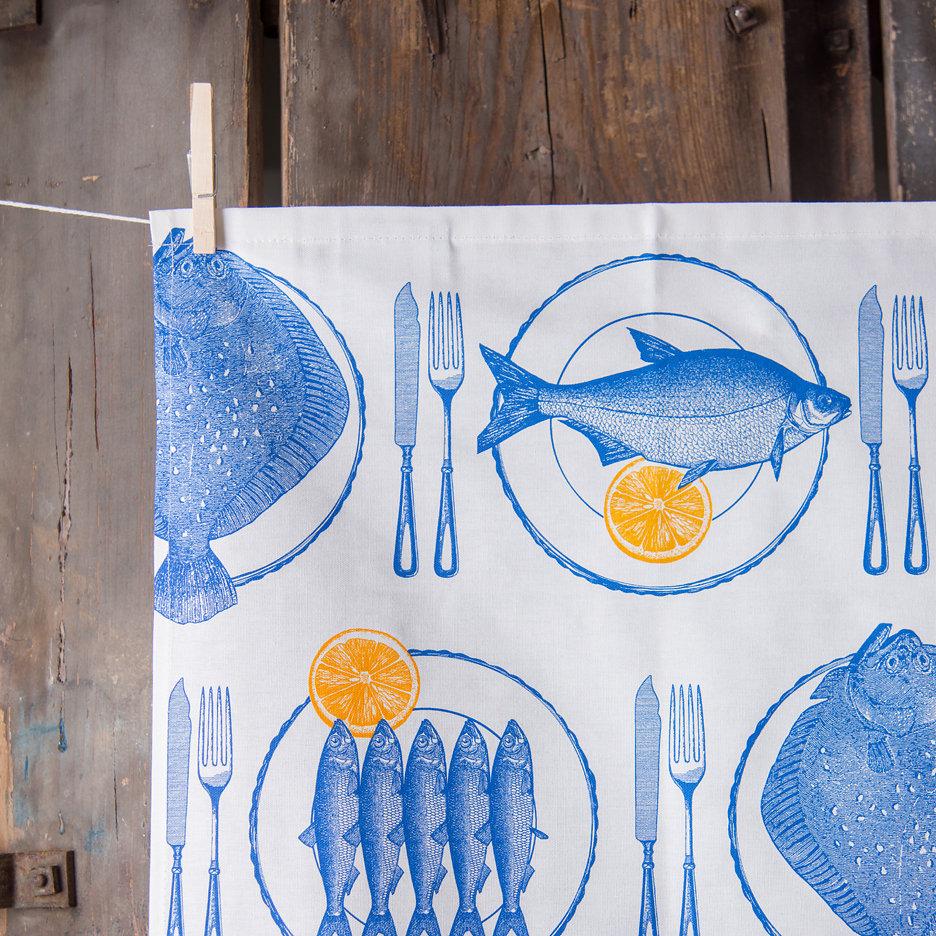 Thornback and Peel blue fish with lemons tea towel