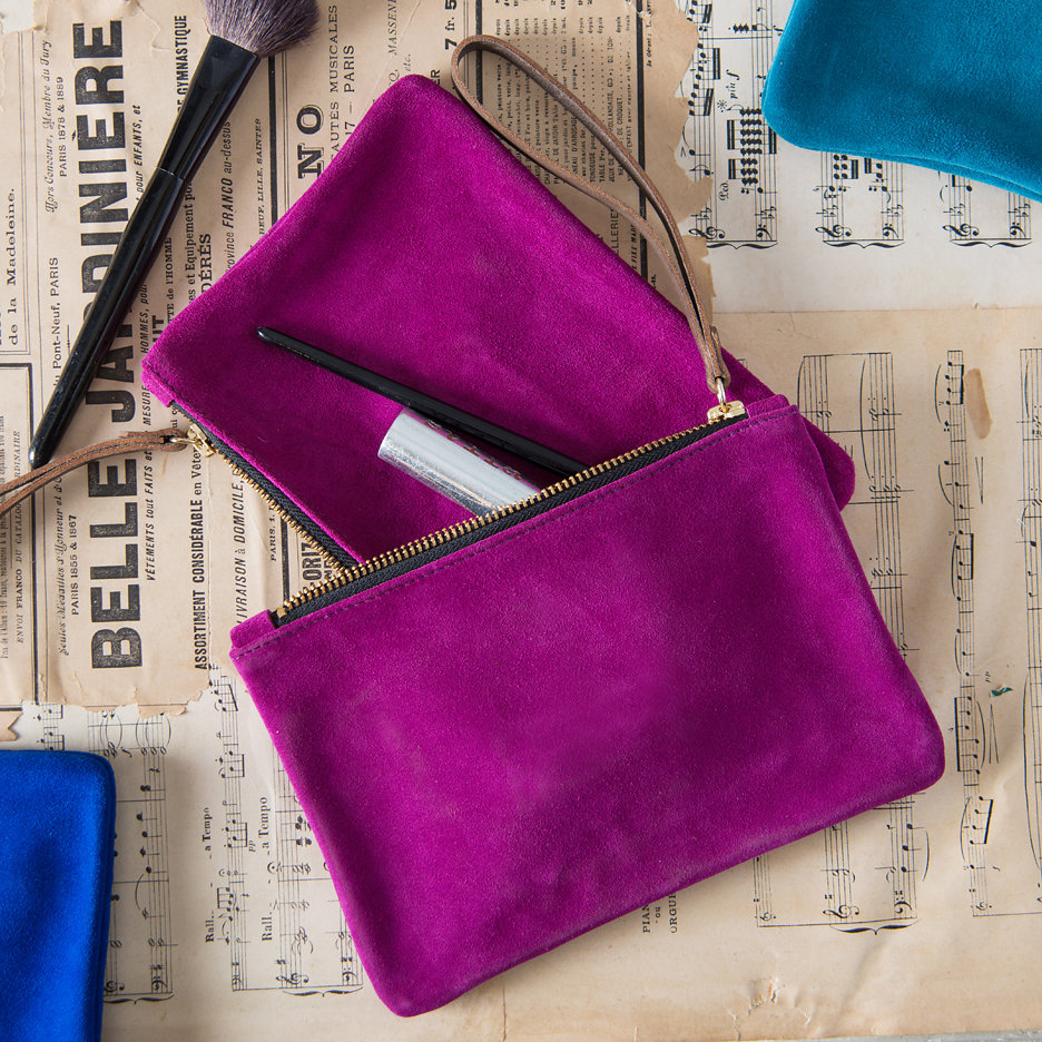 Suede clutch bag fuchsia pink