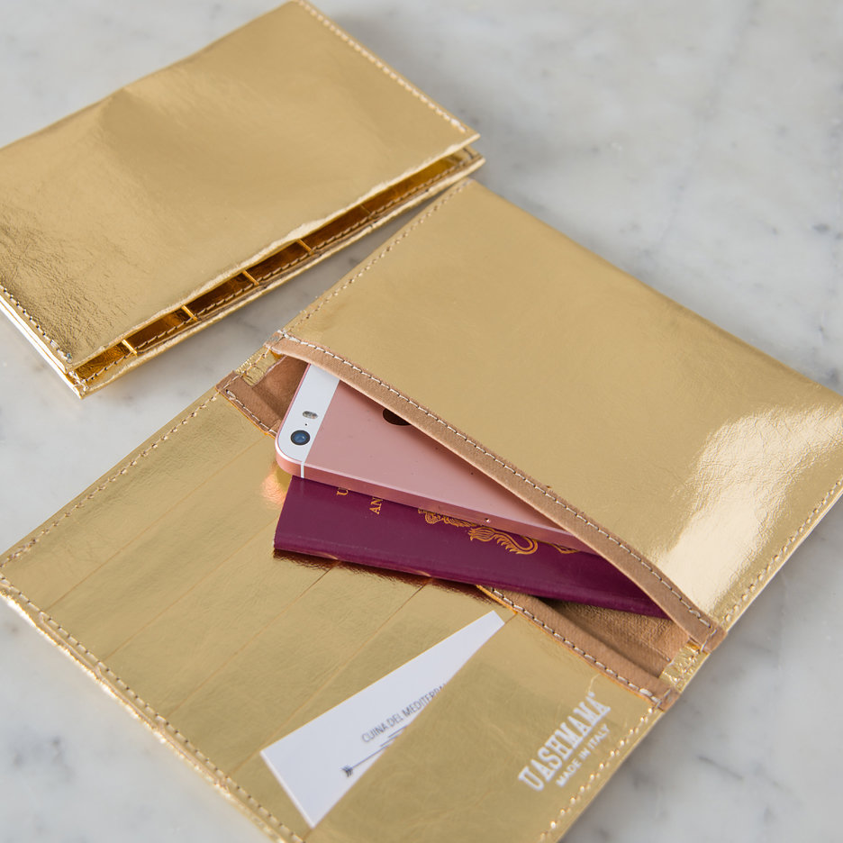 Metallic gold travel / card wallet Uashmama