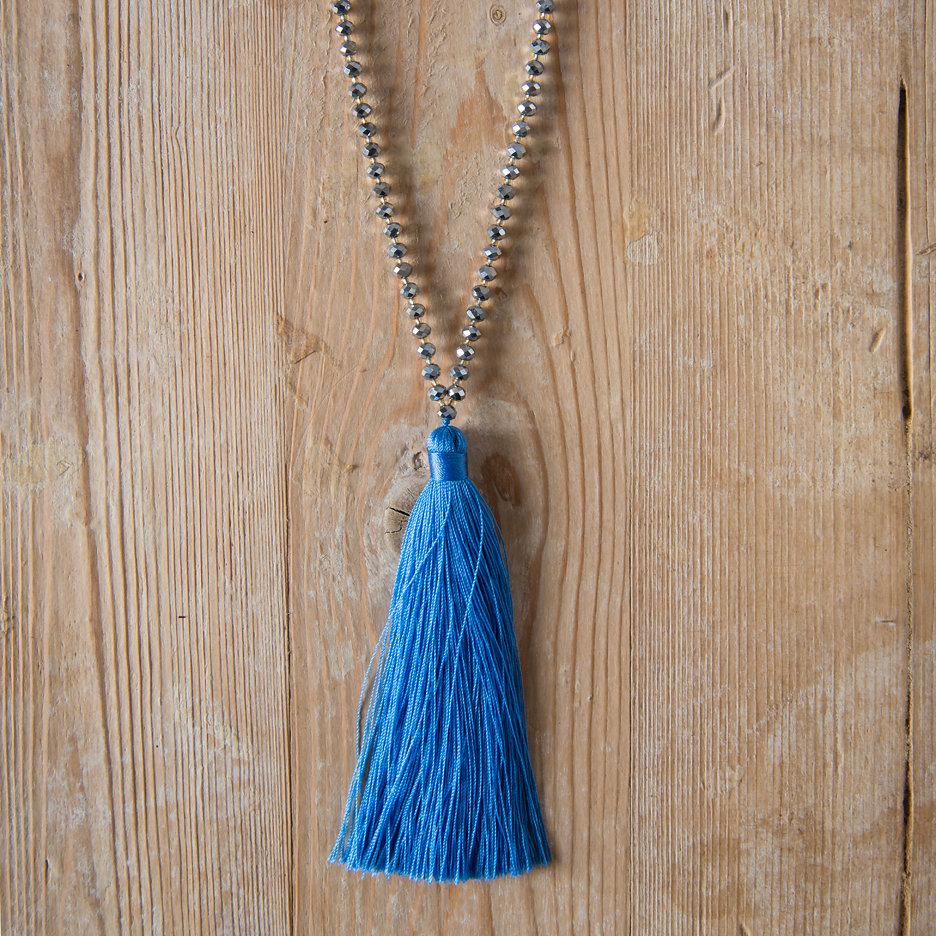 Tassel necklace cornflower blue, silver beads