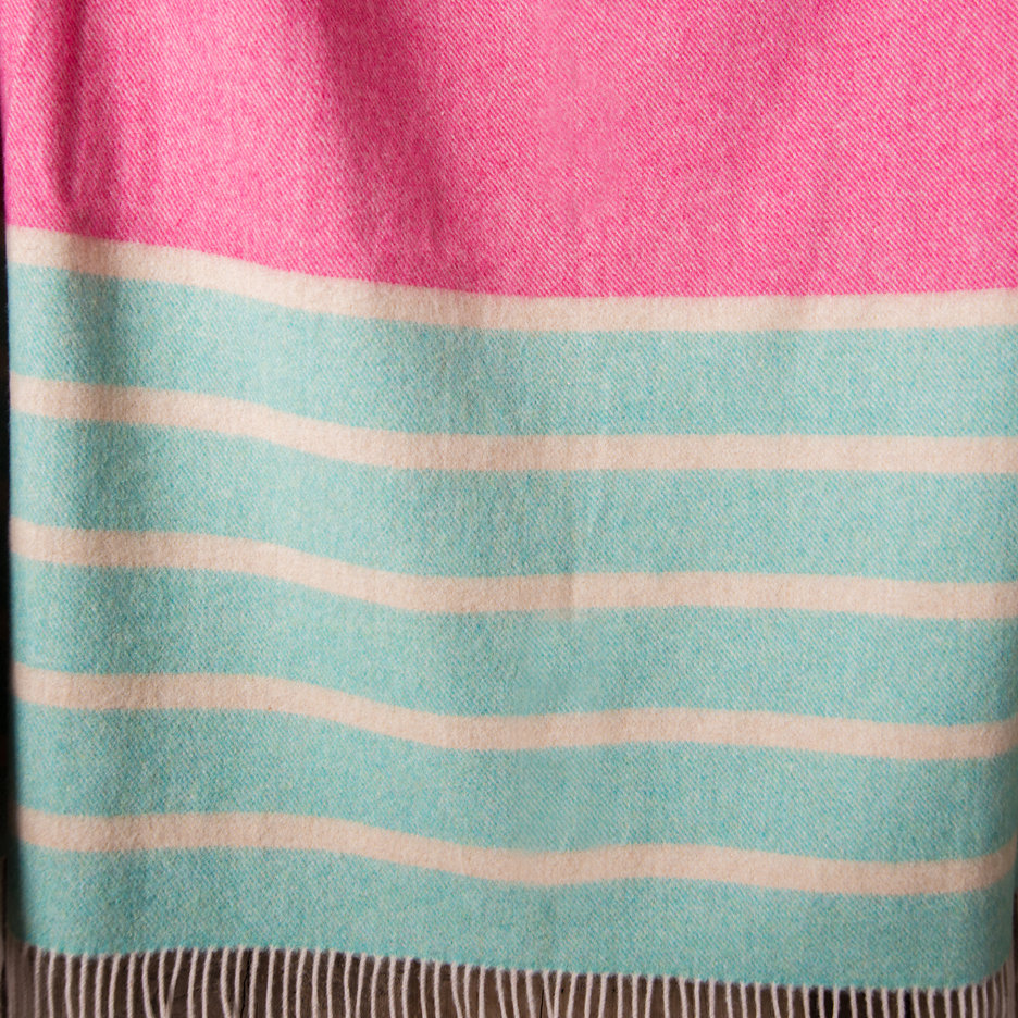 Merino lambswool throw blanket aqua pink