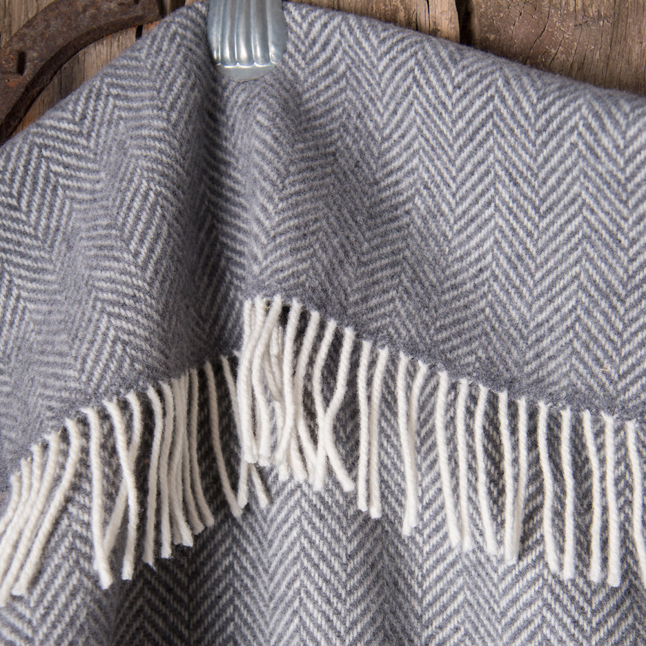 Merino cashmere throw blanket charcoal herringbone