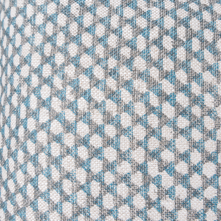 Wicker linen cushion detail